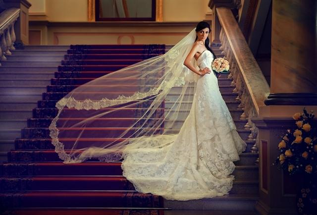 b764a063ecf Продается прибыльный салон свадебных и вечерних платьев