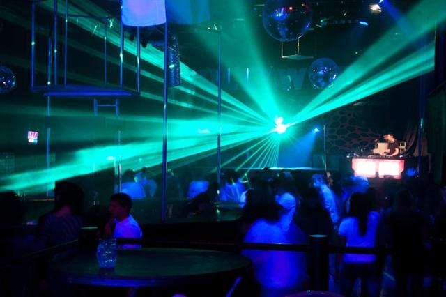 ночном клубе фото