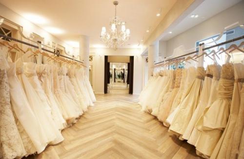 53537524f5d Продается свадебный салон с обширным ассортиментом свадебных
