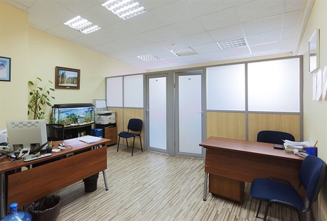Аренда офиса переуступка прав снять место под офис Дубровка (14 линия)