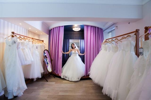 6f47cfc8ee4 Продажа бизнеса - Продается салон свадебных и вечерних платьев ...