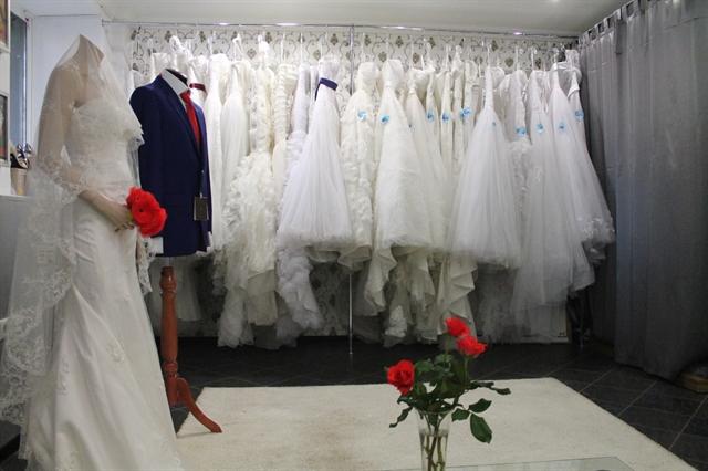 Куплю свадебный салон продажа бизнеса частные объявления продажа лошадей по всей европе
