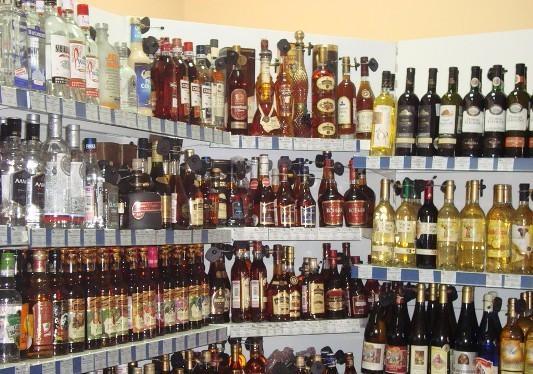 какие в калининграде ввод¤тс¤ законы по продаже алкогол¤ в продовольственных магазинах с новейшего года